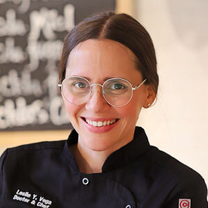 Leslie Vega, MD