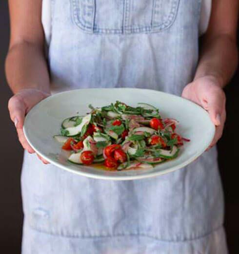 Tomates y Pepinos Marinados