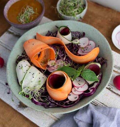 Ensalada Multicolor con Aderezo de Papaya